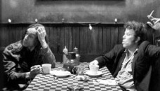 [IMG]http://img1.freeforumzone.it/upload1/903496_coffee_and_cigarettes (228 x 130).jpg[/IMG]